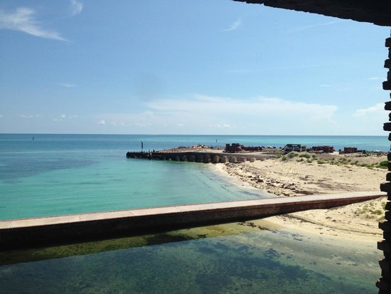 Fort Jefferson: one of the beaches