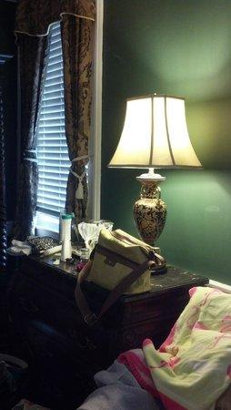 Palmer's Pinckney Inn: room