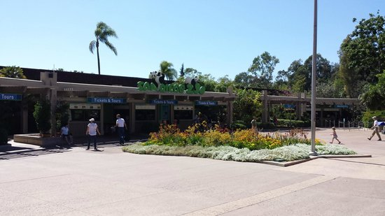 San Diego Zoo: Entrance