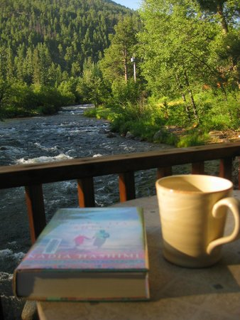 Paradise on the River: River Bend Cabin morning view