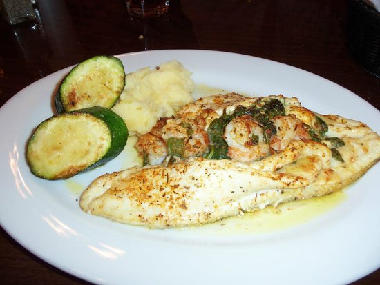 Red Fish Grill : Most delicious stuffed flounder ever!!!