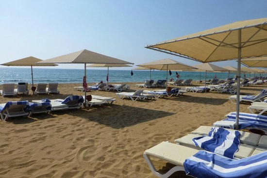 Kaya Artemis Resort and Casino : beach