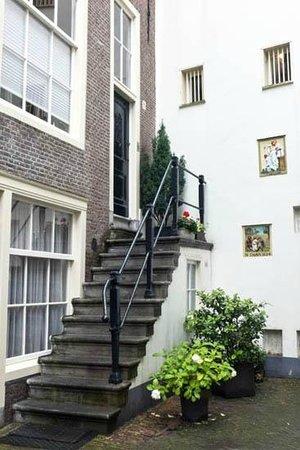 Beginenhof (Begijnhof): one of the houses