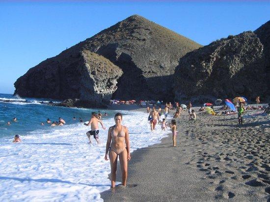 Carboneras, Hiszpania: Vista de la playa