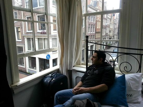 The Blue Sheep Bed & Breakfast Amsterdam: La pace dei sensi...