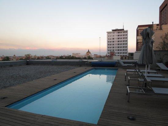 Hilton Mexico City Reforma : piscina externa