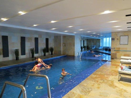 Hilton Mexico City Reforma : piscina térmica