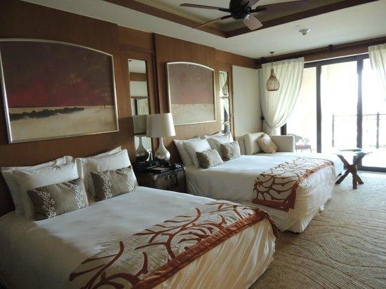 The St. Regis Saadiyat Island Resort : Две кровати кинг-сайз
