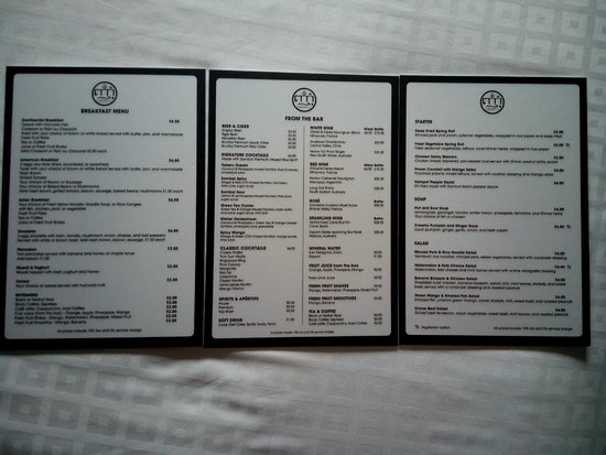 Angkor Safari Hotel: Restaurant full menu 1