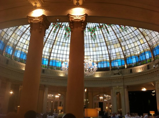 The Westin Palace Madrid: Breakfast in this amazing room