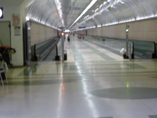 Hotel de Paris Sanremo : San Remo Station Platform Access