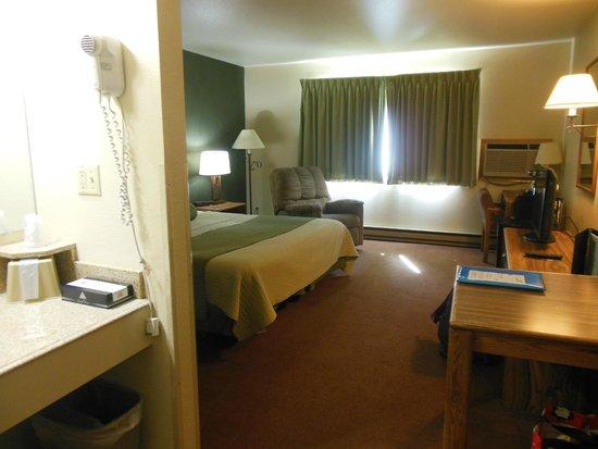 Western Heritage Inn : Large room