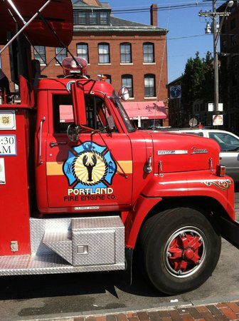 Portland Fire Engine Co: We should be in a parade