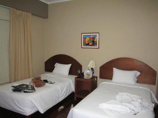Suites Larco 656 : habitación doble, camas comodas