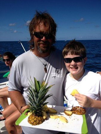 South Florida Diving Headquarters: Dave from SFDH and Hank, our 12 year old