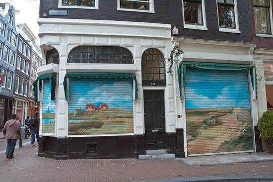 De Negen Straatjes: closed smoke shop