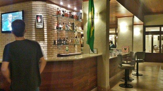 Villa di Mantova Resort Hotel: Bar Fraterno: ótimo ambiente!