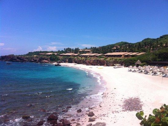 Four Seasons Resort Punta Mita: View to the North from lookout point/bluff (main beach area)