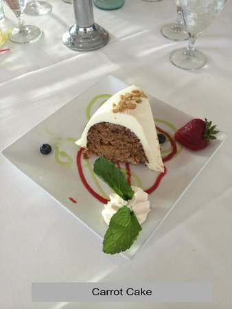 Captiva House: Carrot Cake was firm, a little dry, but very tasty!