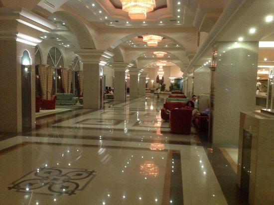 Rodos Palladium : hotel lobby