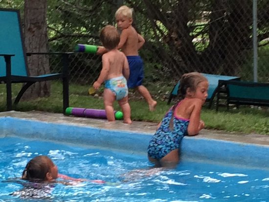 Aura Soma Lava: The kids had ore fun in this pool than the big pool we paid xtra for