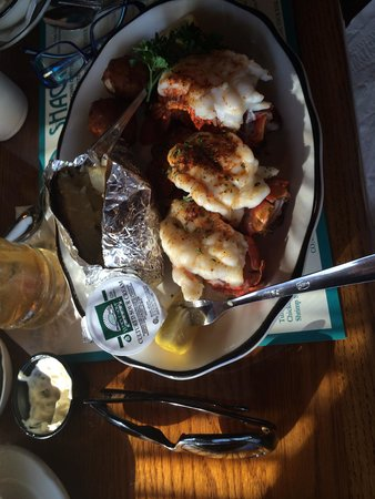 Seafood Shack: Excellent lobster tails!  Tender and hot