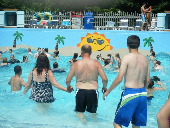 Enchanted Forest Water Safari: The Wave Pool