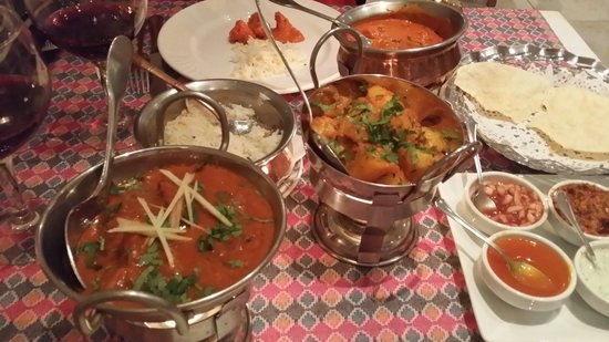 Everest Tandoori Restaurant: Parte del menú