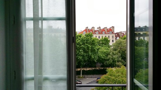 Ibis Paris Avenue de la Republique: the view from the room