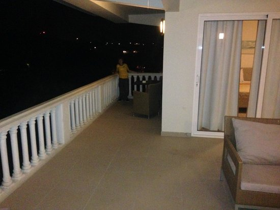 Blue Bay Curacao Golf & Beach Resort: Terraço Balconi