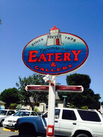 Trinidad Bay Eatery & Gallery: This is the best clam chowder...really!!!