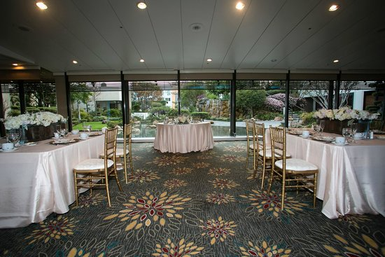 DoubleTree by Hilton Hotel Los Angeles Downtown: Thousand Cranes Room - wedding reception