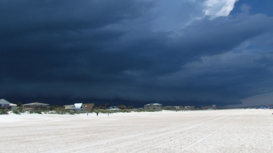 Saint Augustine Beach, FL: a storm comming in
