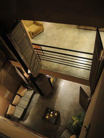 Puriwasi Hostel: Vista interior desde la terraza