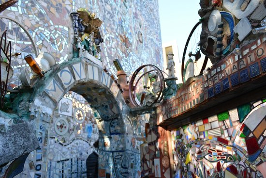 Philadelphia's Magic Gardens : Magic Gardens