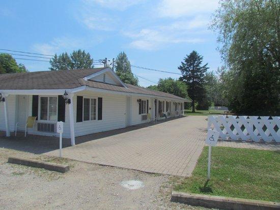 Coach House Inn: the motel