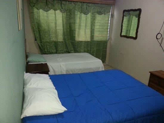 Banana Republic Hotel: habitacion doble privada
