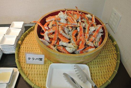 Family Hotel Kaishunro: 夕食のタラバガニです