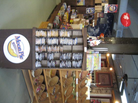 Moon Pie General Store : Inside purchases
