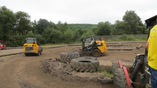 Diggerland: The Robot Riders
