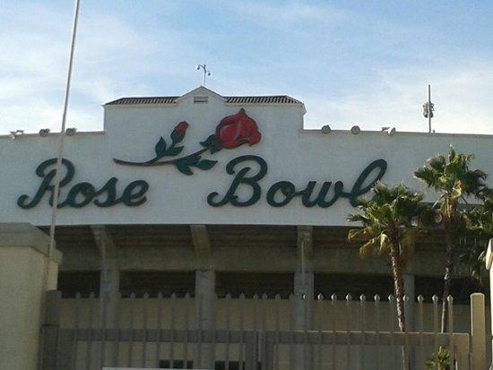 Rose Bowl Stadium: Rose....!!