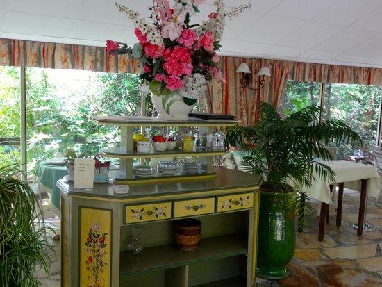 Le Colombier Hotel-Restaurant: DETALLE EN RESTAURANT