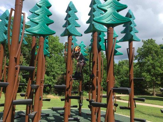 Nathanael Greene/Close Memorial Park : Play area along walking path at Close Park