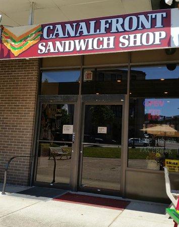 Canalfront Sandwich Shop