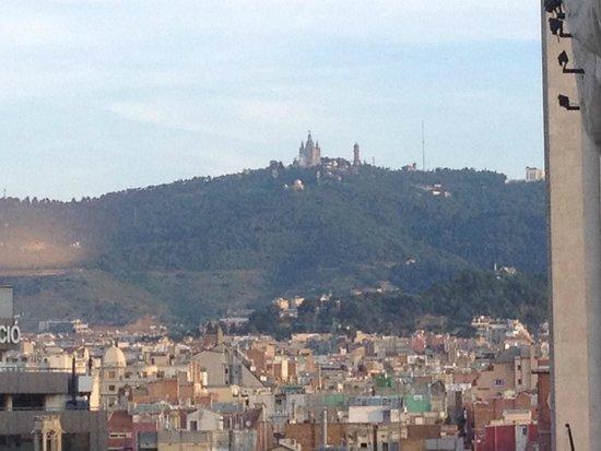 Bonavista Apartments Barcelona - Passeig de Gracia: you can see tibidabo, looks like a castle!