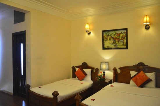 Hanoi Central Star Hotel: Hotel room