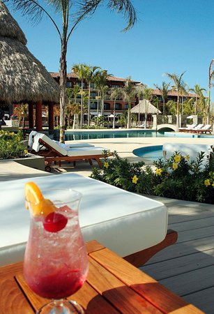 The Buenaventura Golf & Beach Resort Panama, Autograph Collection: At the Pool