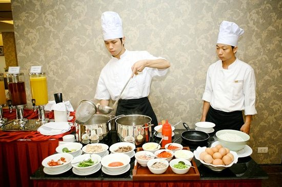 Lan Vien Hotel Hanoi : Friendly Staff