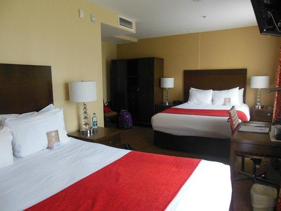 Comfort Inn Downtown: Guest room w/2 queen beds
