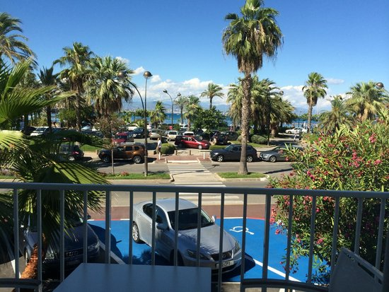 Hotel Josse: View to the sea from balcony